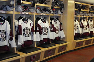 hockey-wood-lockers